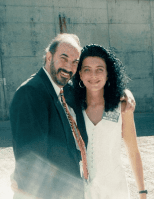Jeffrey Gitomer, Angela Brown